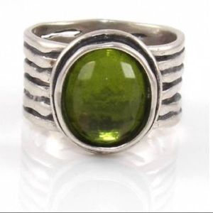 Retired Sterling Silver Silpada Green Glass Ring